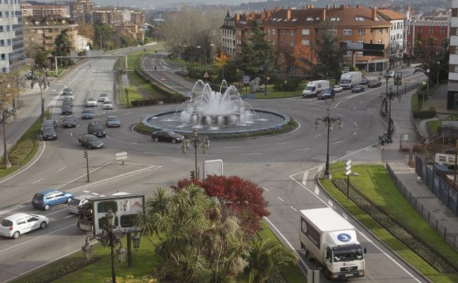 La glorieta de la Cruz Roja registra el mayor número de accidentes de Oviedo