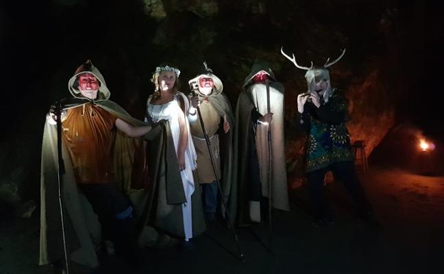 La carrera nocturna por la reserva de Barayo sedujo a más de cien personas