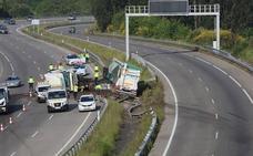 Dos accidentes de tráfico en el mismo punto de la A-8 dejan dos heridos leves