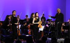 Un estudio confirma que tocar un instrumento o ser bilingüe hace al cerebro más eficiente
