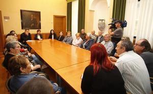 La alcaldesa de Gijón mediará para buscar una solución a los desahucios en La Camocha
