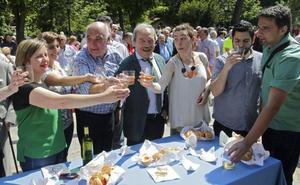 El alcalde de Oviedo rechaza la idea de Rosón de instalar un recinto ferial en La Vega
