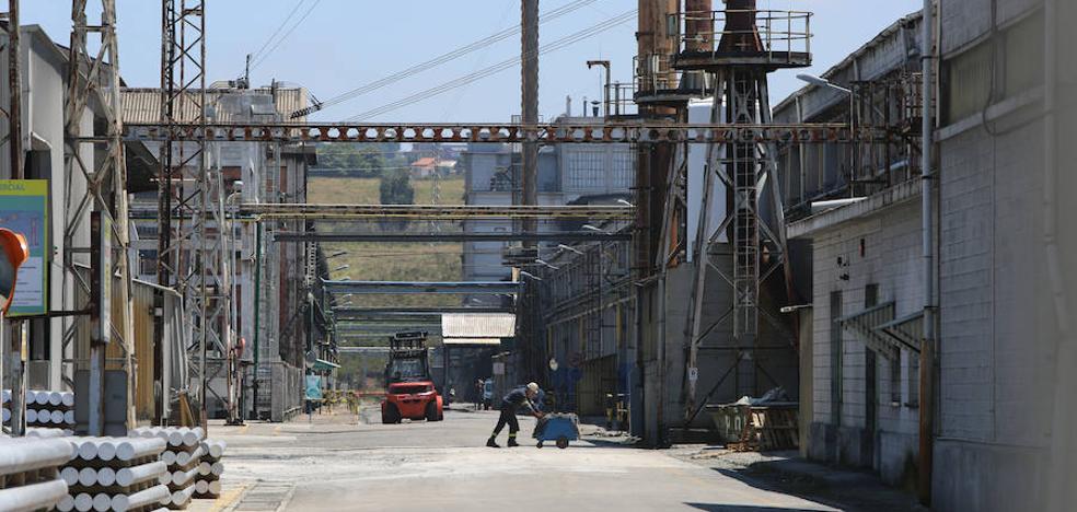 Alcoa se adjudica los mismos megavatios en la subasta eléctrica, pero a un precio inferior