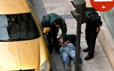 La Fiscalía pide seis años de prisión para el acusado del atraco con rehenes de Cangas