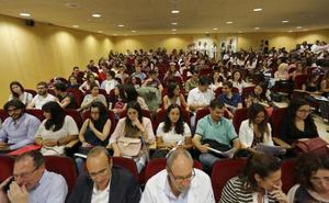 Los hospitales asturianos incorporan a 177 residentes para formarse como especialistas
