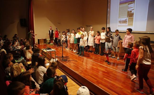 'La vía informativa', el periódico de los niños del colegio de Moreda