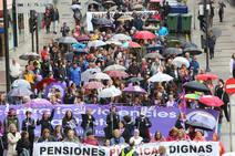 Avilés marcha por las pensiones y contra la violencia machista