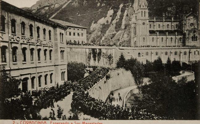 Covadonga en postales para la historia
