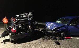 Una joven de 17 años muerta y cinco heridos en un accidente en Blimea