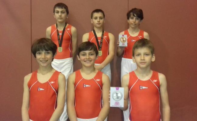 Un oro y dos bronces en el Torneo de La Coruña