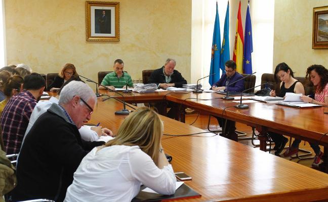 El Pleno aprueba crear la figura de cronista oficial del concejo