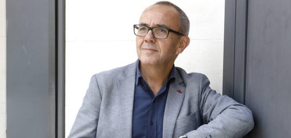 «Lo que pasa en Cataluña es la expresión local de un conflicto global»