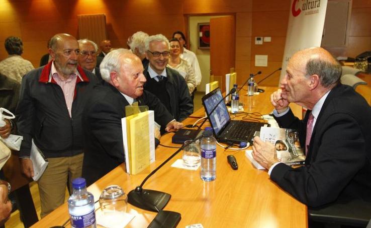 Fernández Toraño presenta su libro sobre Pedro Menéndez de Avilés