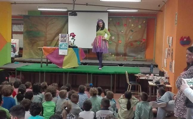 La Muestra de Teatru Mozu se amplía a los colegios corveranos