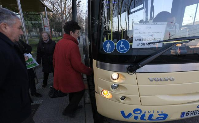 El precio del billete de autobús subirá hoy cinco céntimos