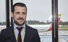 «Estamos negociando para la implantación de nuevas aerolíneas en Asturias»