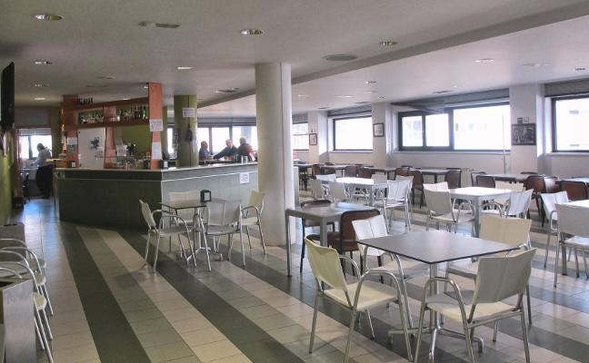 Carreño admite la situación irregular de la cafetería del polivalente