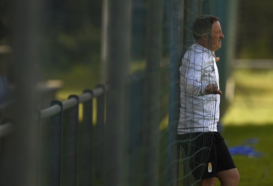 La expresividad del entrenador del Real Oviedo