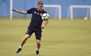 Viti pasa por el quirófano para estar listo en el inicio de pretemporada del Real Oviedo