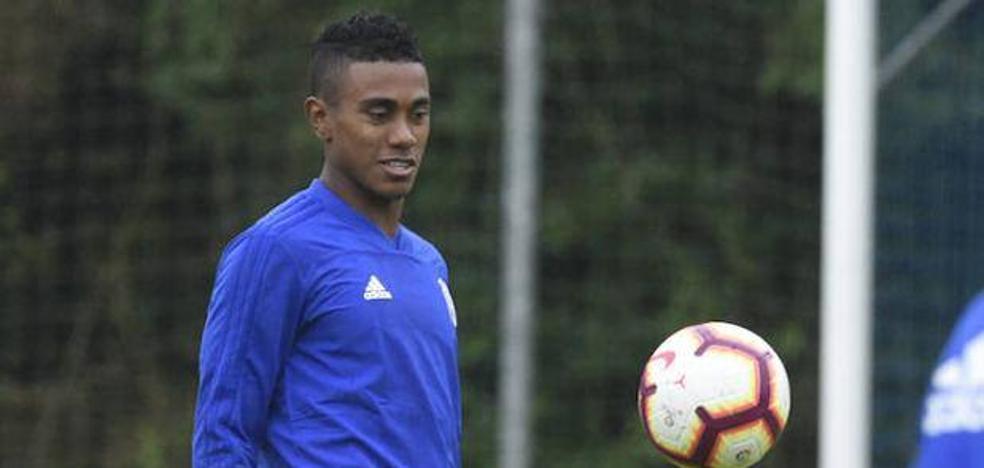 Bárcenas renuncia al amistoso con Panamá para centrarse en el Oviedo