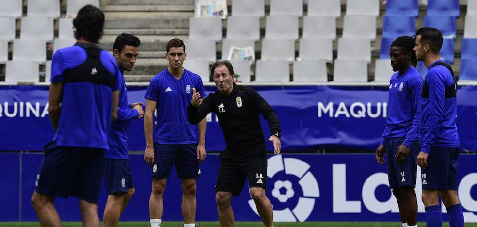 Anquela recluta a cinco jugadores del filial para el duelo de Copa en Mallorca
