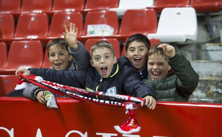 ¿Estuviste en el Sporting - Valladolid? ¡Búscate!
