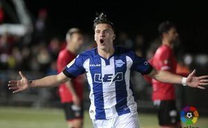 El delantero bosnio Ermedin Demirovic, en la agenda del Sporting