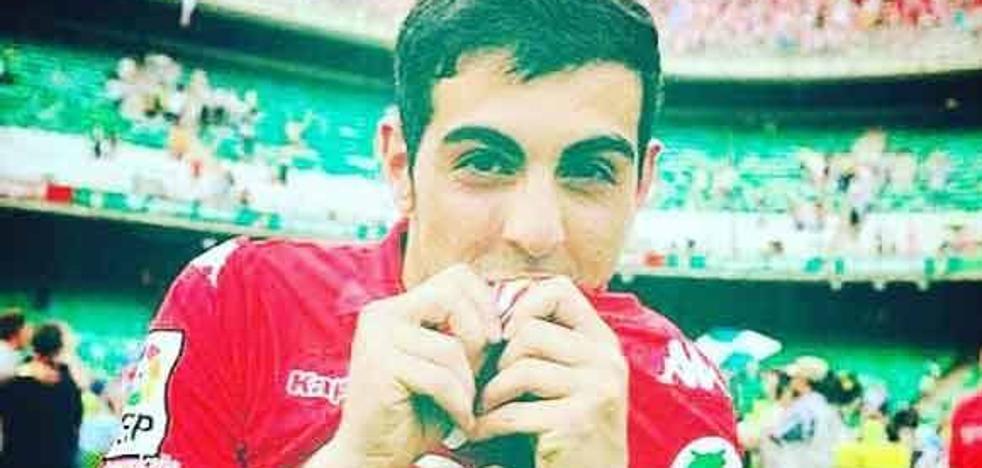 «Siempre diré que mi corazón es rojiblanco»: la despedida de Carlos Castro al Sporting
