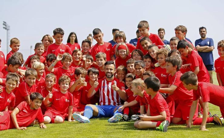 Francisco Molinero llega al Sporting