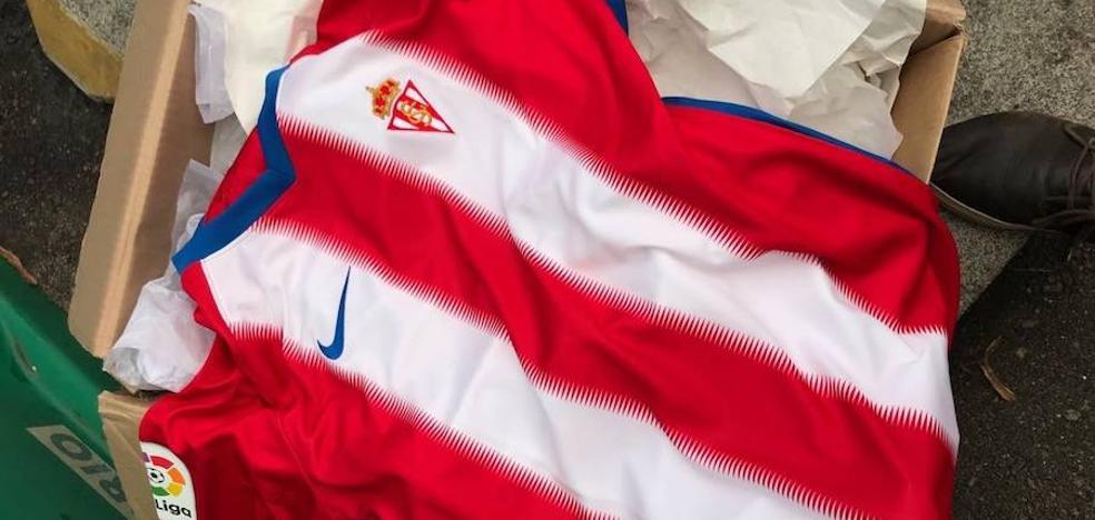 La nueva camiseta del Sporting, al descubierto