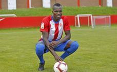 Presentación de Cofie como nuevo jugador del Sporting