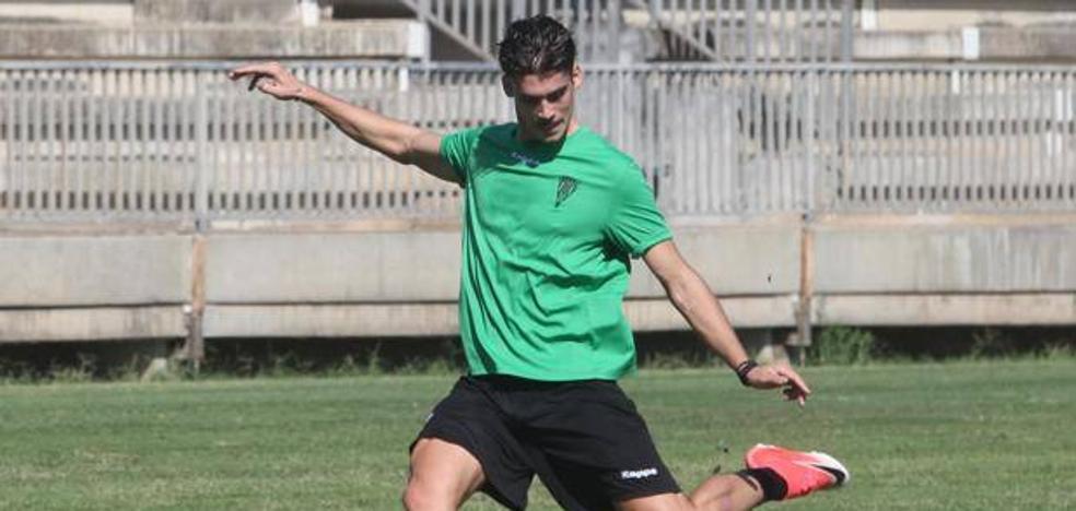 Javi Noblejas reforzará el lateral izquierdo del Sporting