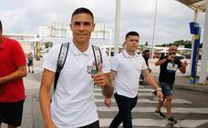 El nuevo delantero del Sporting, Uros Djurdjevic, ya está en Asturias