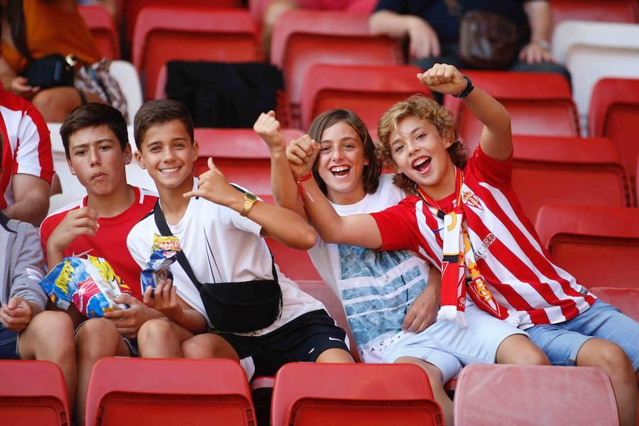 ¿Estuviste en el Sporting - Extremadura? ¡Búscate!
