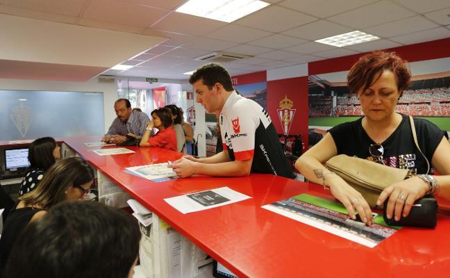 La Mareona se moviliza para apoyar al Sporting en Pamplona