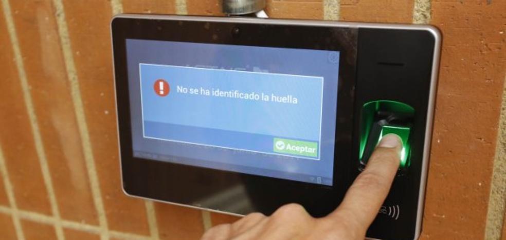 Huella digital para trabajar en el Hospital de Jove