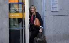 El banco donde Villa y Postigo regularizaron los 1,6 millones «los echó meses después»