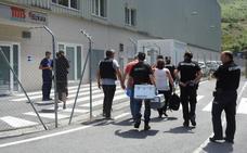 Hallan el cadáver de un bebé en un vertedero de Bilbao