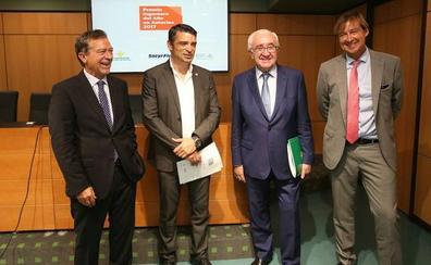 Bernardo Calleja y Gloria Naveiras, premios Ingenieros del Año en Asturias