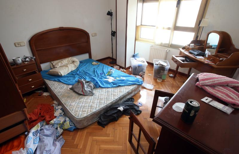 Denuncia los destrozos de un inquilino en su piso