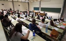 Una decena de grados con 'numerus clausus' piden más de un 10 para entrar