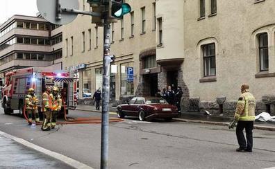 Un muerto y varios heridos por el atropello de una multitud en Helsinki