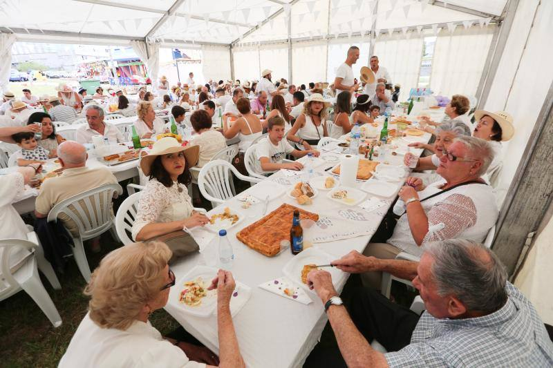 Gran Comida de Indianos en el día grande de las fiestas de Trasona