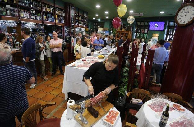 El Restaurante La Terraza De Viesques Celebra Su Vigésimo
