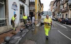 El Descenso del Sella deja 327 toneladas de basura en Arriondas y Ribadesella