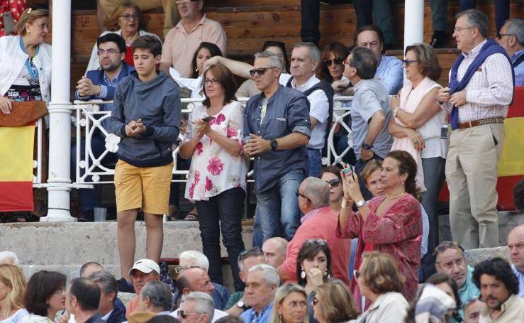 ¿Estuviste en la jornada inaugural de la Feria taurina de Begoña de Gijón? ¡Búscate!