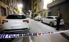 Un niño de 8 años muere en el asalto a una casa de Elda y la pareja de su padre aparece maniatada