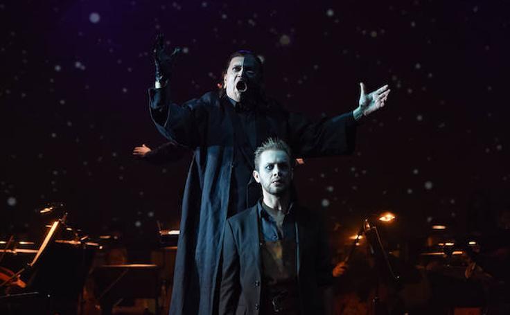 Las imágenes de estreno de la temporada de ópera en Oviedo