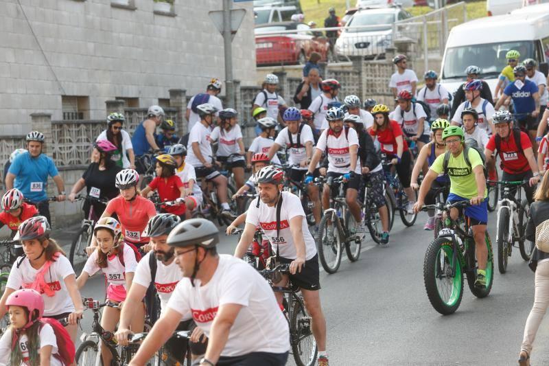 Un millar de personas en la Marcha Cicloturista de Corvera
