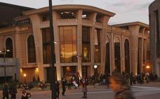 El Ayuntamiento adjudica el suministro de la luz a HC con un ahorro del 51%